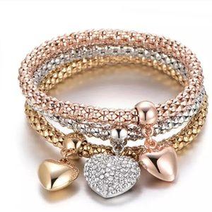 Jewelry - ♥️Heart charm bracelet bundle♥️